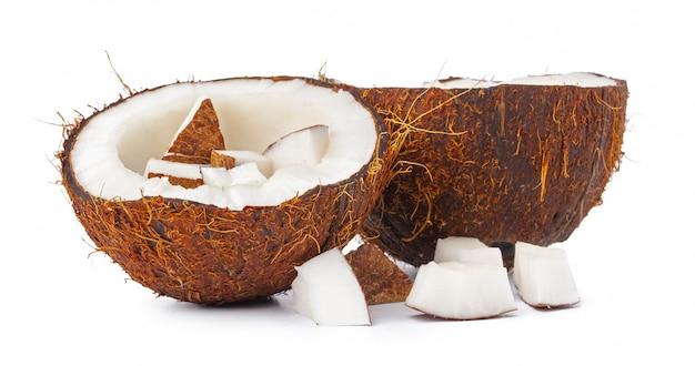 Metà del dado dei cochi isolate su bianco Foto Premium
