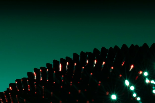 Metallo ferromagnetico del primo piano delle punte di scintilla Foto Gratuite