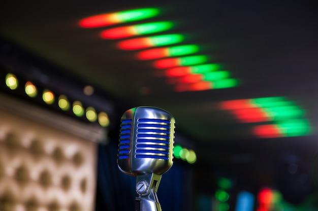 Microfono retrò al concerto Foto Premium