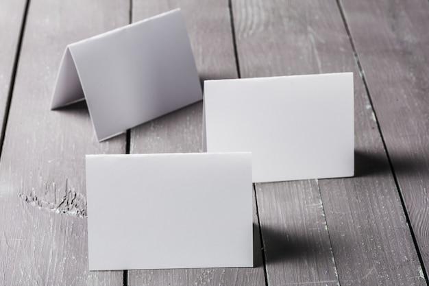Mockup di biglietti da visita in bianco Foto Premium