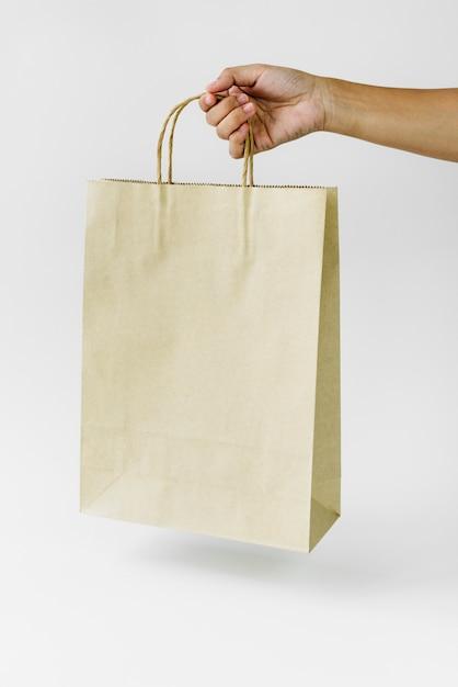 Mockup di sacchetto di carta Foto Premium