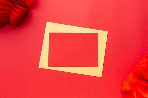 Modello cinese di carta del nuovo anno con la lanterna Foto Gratuite