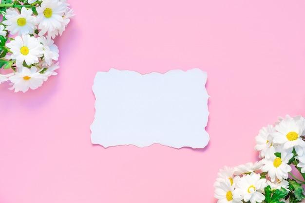 Fiori Bianchi Lista.Modello Di Compleanno O Matrimonio Con Fiori Di Crisantemi Bianchi