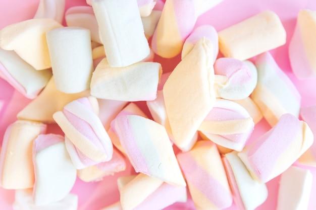 Molti marshmallow multicolori Foto Gratuite