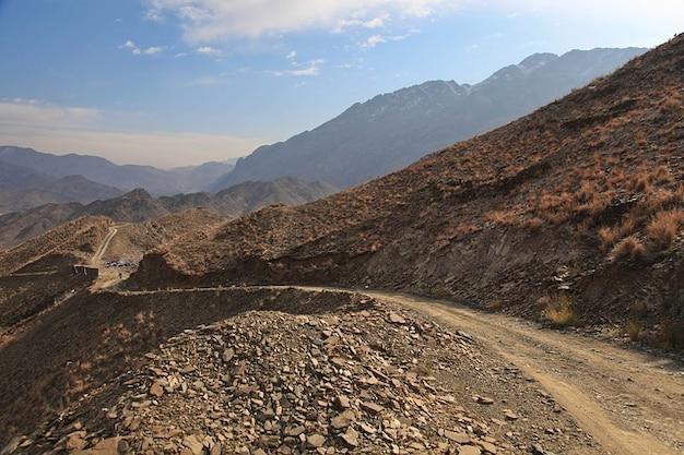 Montagne remote colline afghanistan stradali rocce Foto Gratuite