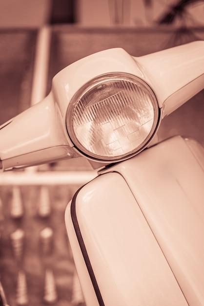 Motocicletta vintage faro Foto Gratuite