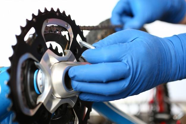 Mountain bike di fissaggio meccanico Foto Premium