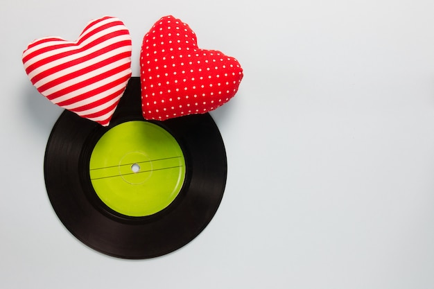 Music lover - vinyl with red love hearts Foto Premium