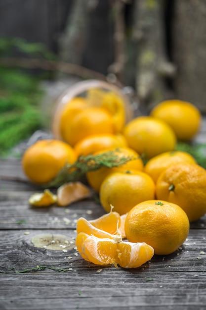 Natura morta con mandarini Foto Gratuite