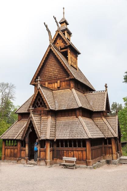 Norvegia vecchia chiesa Foto Gratuite