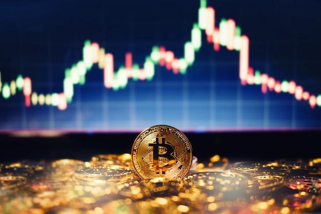 Nuovo concetto di denaro virtuale, gold bitcoin (btc) è la tecnologia di criptovaluta digitale utilizzata per transazioni finanziarie in cambio del mondo Foto Premium