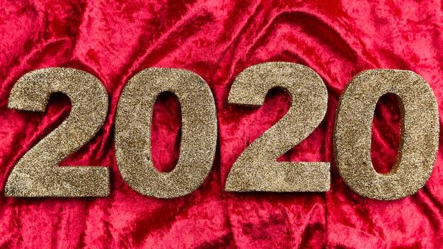 Nuovo numero dell'anno cinese su velluto rosso Foto Gratuite