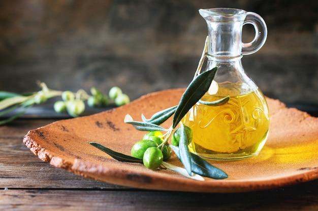 Olio d'oliva Foto Premium