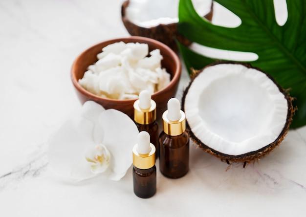 Olio di cocco fresco Foto Premium