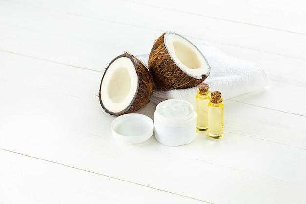 Olio di cocco naturale Foto Gratuite