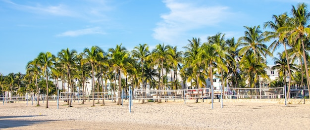 Palestra all'aperto su south beach, miami, florida Foto Premium