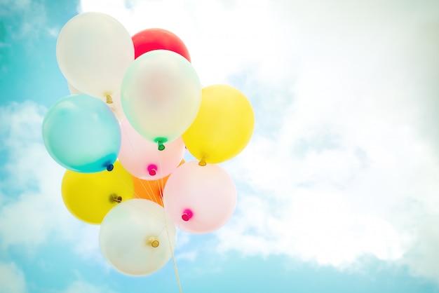 Palloncini Multicolori Dannata Con Fatto Con Un Retro Effetto Del