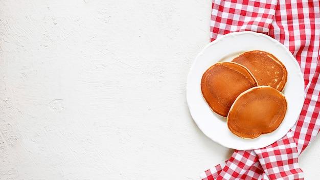 Pancakes americani classici fatti in casa Foto Gratuite