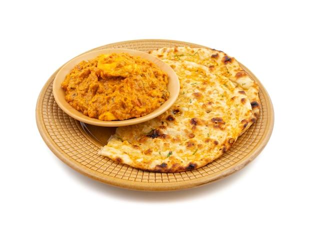 Paneer pasanda dolce e piccante speciale di cucina vegetariana indiana Foto Premium