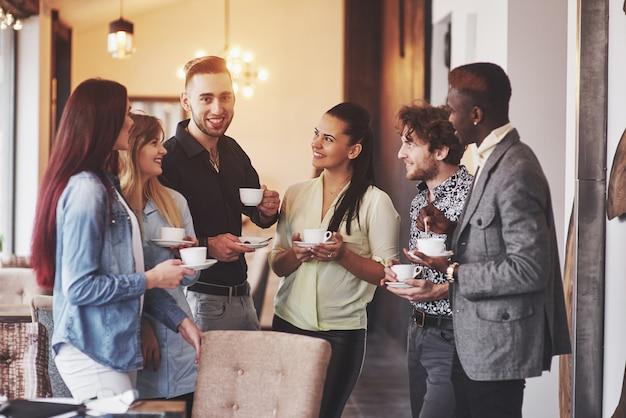 Partito di evento di celebrazione del caffè di affari della pausa caffè Foto Premium