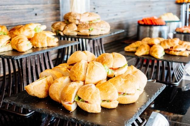 Pasto evento ristorante piatto di servizio Foto Gratuite