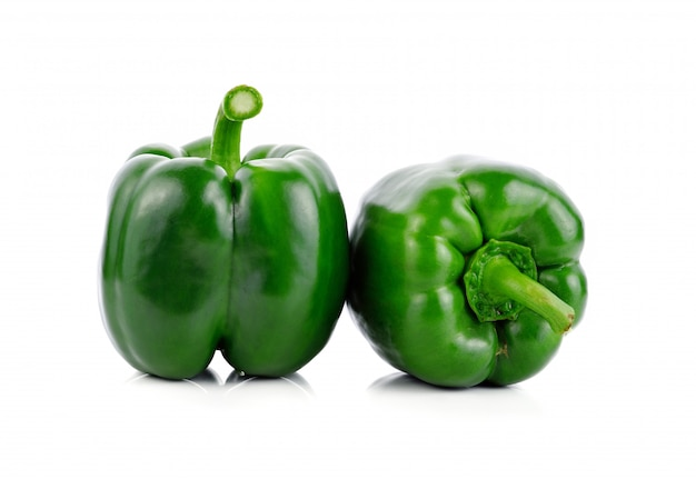 Peperone verde isolato Foto Premium