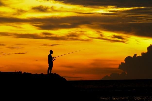 Pesca al tramonto Foto Premium