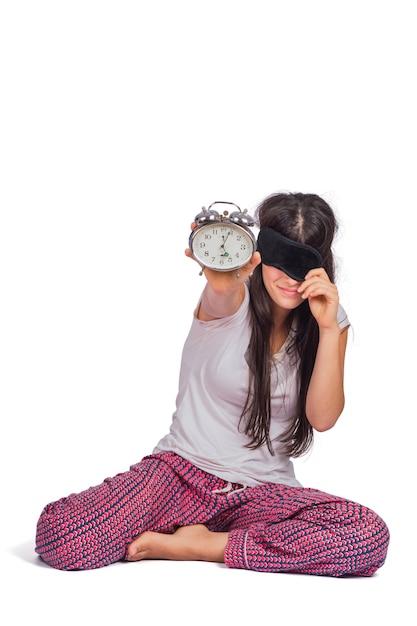 Pigiama da portare della donna sonnolenta e tenere sveglia. Foto Gratuite