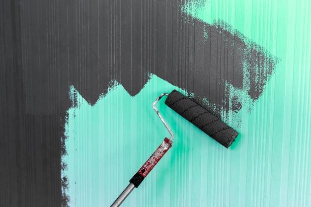 Pittura a pennello a rullo Foto Premium