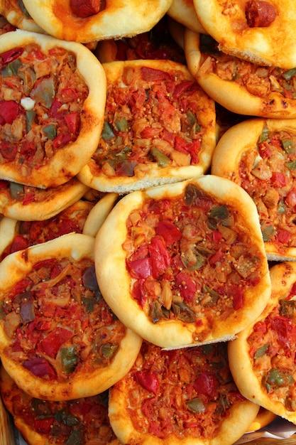 Pizza mediterranea coca de dacsa dalla spagna Foto Premium