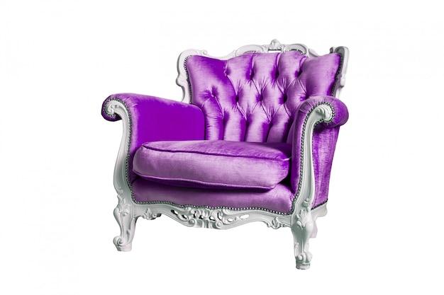 Poltrona viola isolata sul bianco Foto Premium