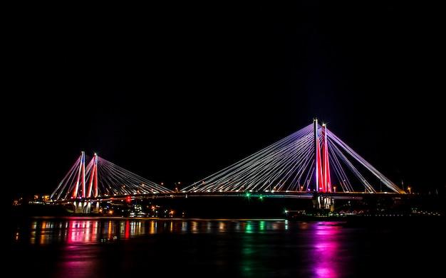 Ponte variopinto brillante di jindo, isola di jindo, corea del sud. Foto Premium