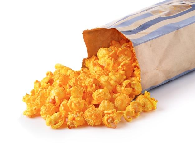 Popcorn dolce su sfondo bianco Foto Premium
