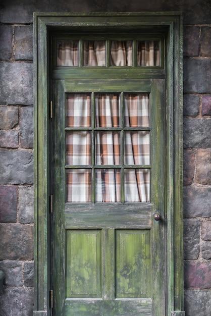 Porta antica stile retrò. Foto Gratuite