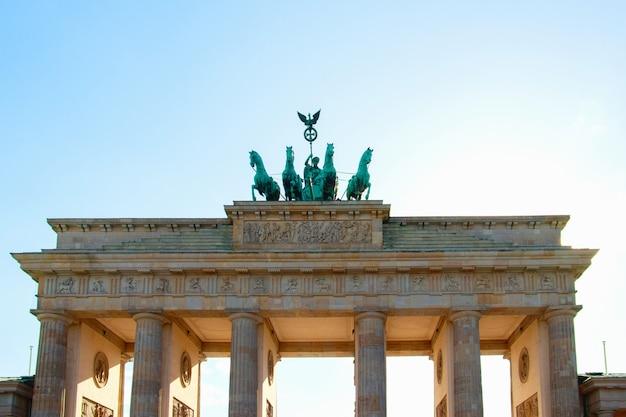 Porta di brandeburgo a berlino, germania Foto Premium