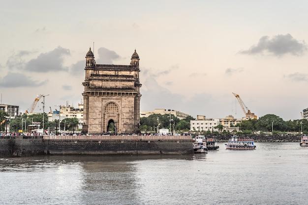 Porto dell'india asia mumbai Foto Premium