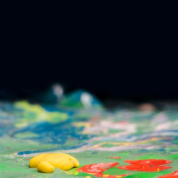 Primo piano astratto di miscela acrilica Foto Gratuite
