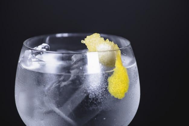 Primo piano del cocktail Foto Gratuite