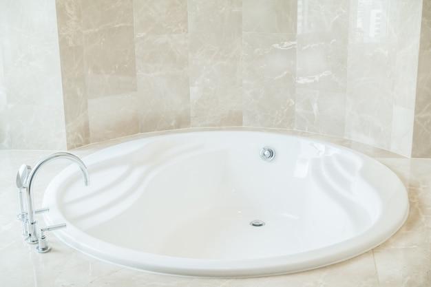 Vasca Da Bagno Rotonda : Primo piano della vasca da bagno rotonda scaricare foto gratis