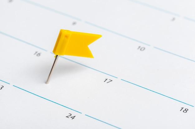 Primo piano delle date alla pagina del calendario Foto Premium