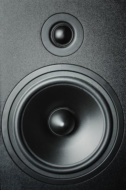 Primo piano di altoparlanti ad alta e bassa frequenza, altoparlante a membrana Foto Premium