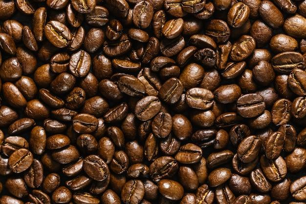 Primo piano di chicchi di caffè Foto Gratuite