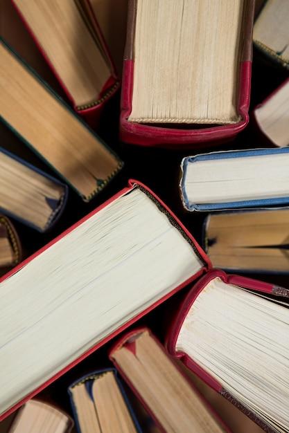 Primo piano di libri disposti scaricare foto gratis for Crea il mio piano personale gratuito