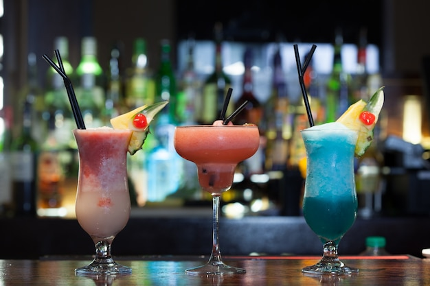 Primo piano su succulenti cocktail Foto Premium