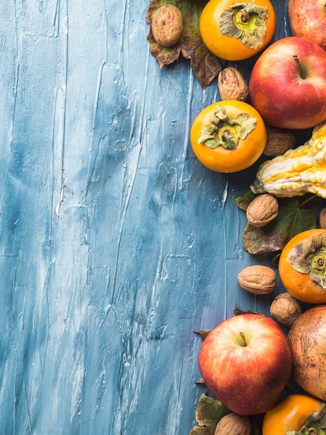 Priorità bassa del blu di ringraziamento della frutta di autunno Foto Premium