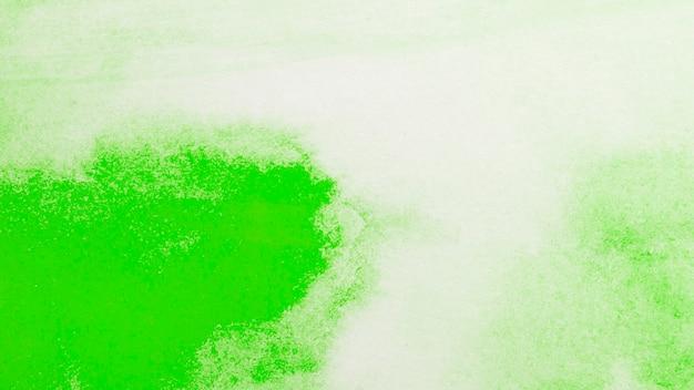 Priorità bassa dell'estratto della vernice verde di gradiente dell'acquerello Foto Gratuite