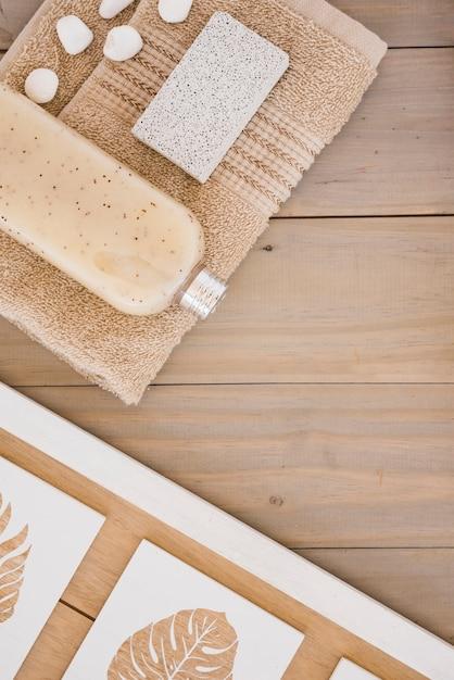 Prodotti marroni per il bagno Foto Gratuite