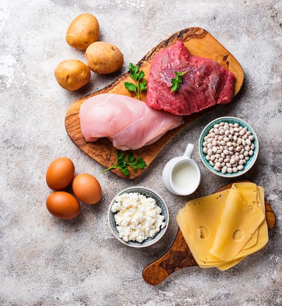 Prodotti ricchi di aminoacidi. Foto Premium