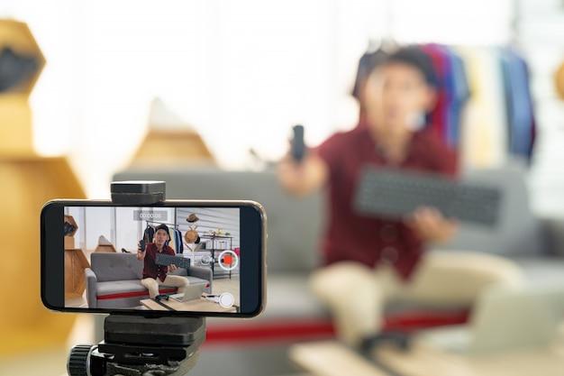Prodotto it di recensione live di vlogger Foto Premium