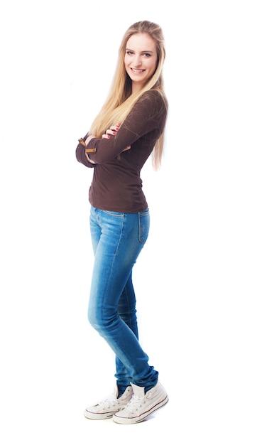 984e47a8a8 Ragazza bionda con jeans stretti | Scaricare foto gratis